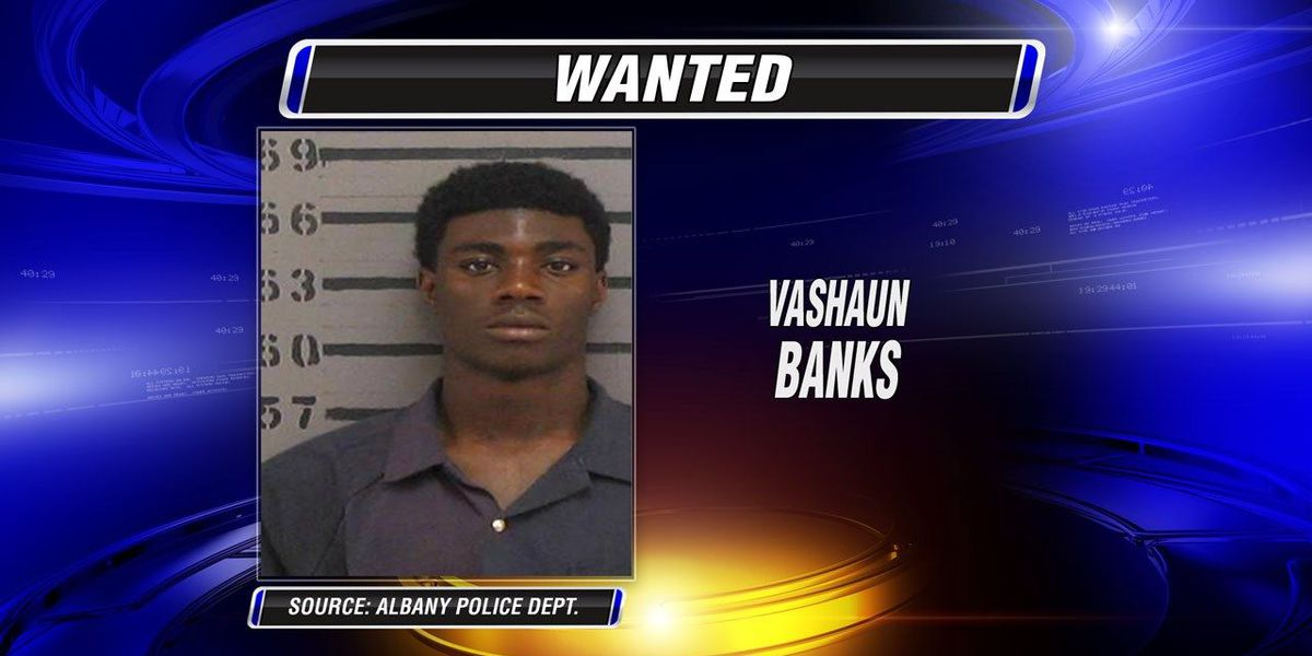 Man wanted in robbery case