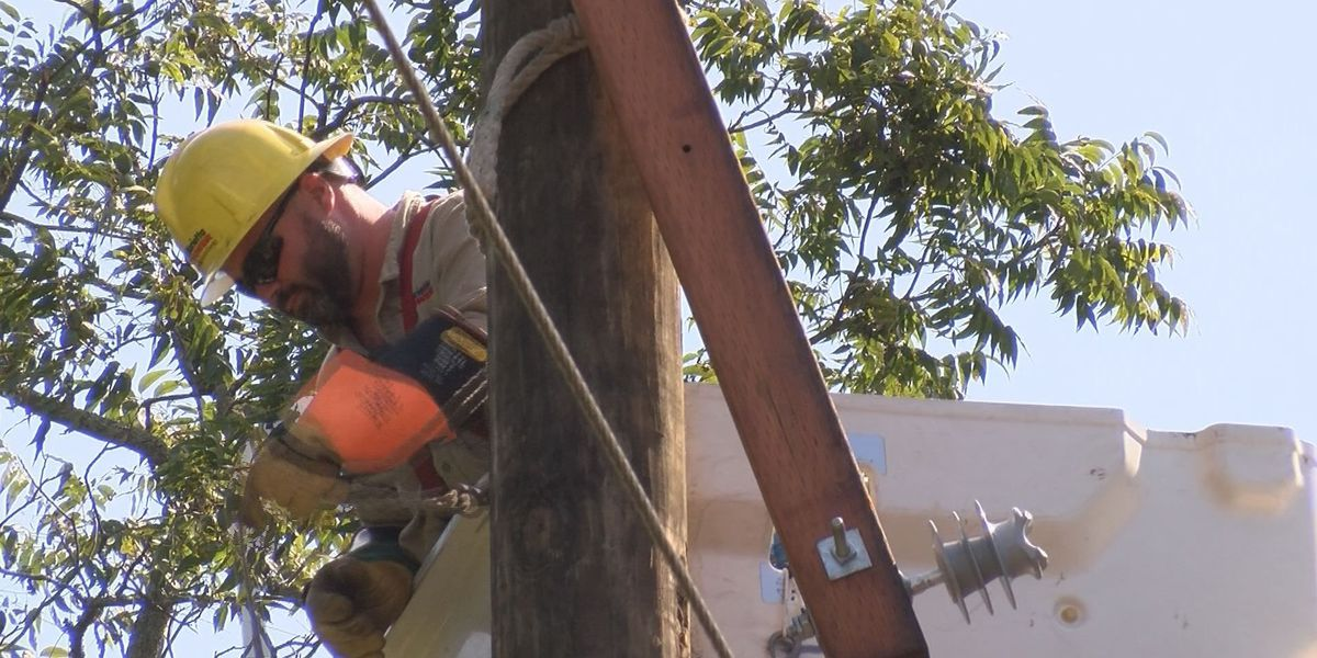 Crews from around GA help Crisp Co. get power back on