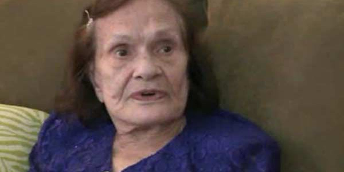 Woman receives love letters 70 years after they were sent