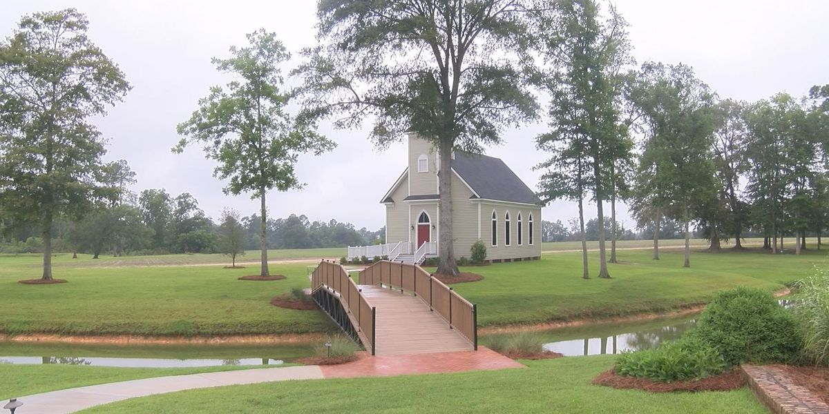 Moultrie chapel officially dedicated at Sundown Farms Plantation