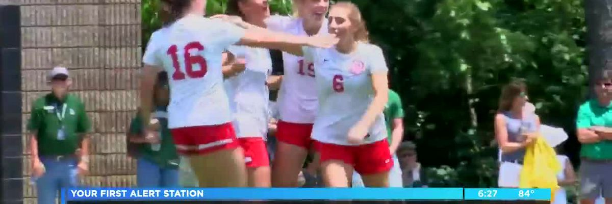 Deerfield-windsor girls soccer team advances to the finals