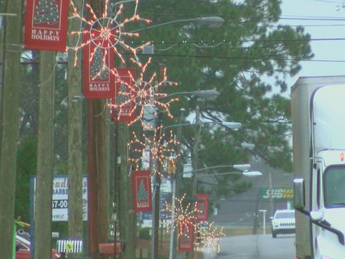 "Ashburn prepares for annual ""The City of Lights"" Christmas parade"
