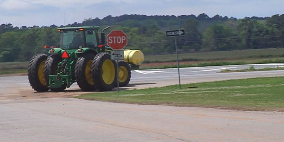 Georgia State Patrol warns drivers of tractors on highways