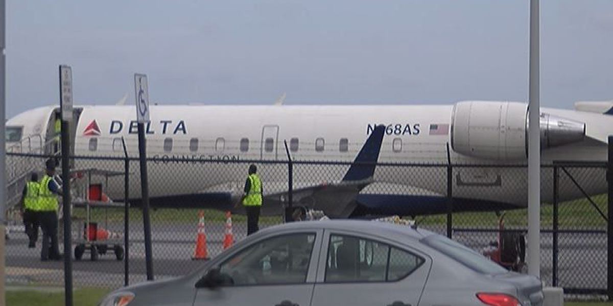 Consultant meets with Aviation commission on ways to bring in more revenue