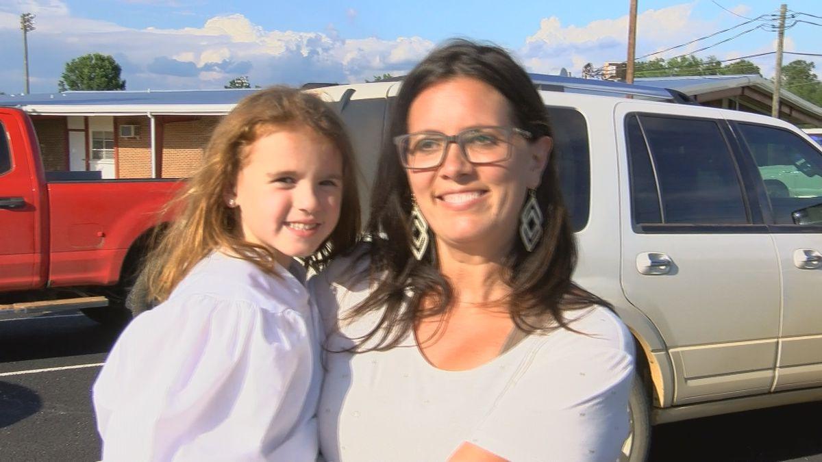Terrell Co. Academy celebrates kindergartners with drive-thru graduation