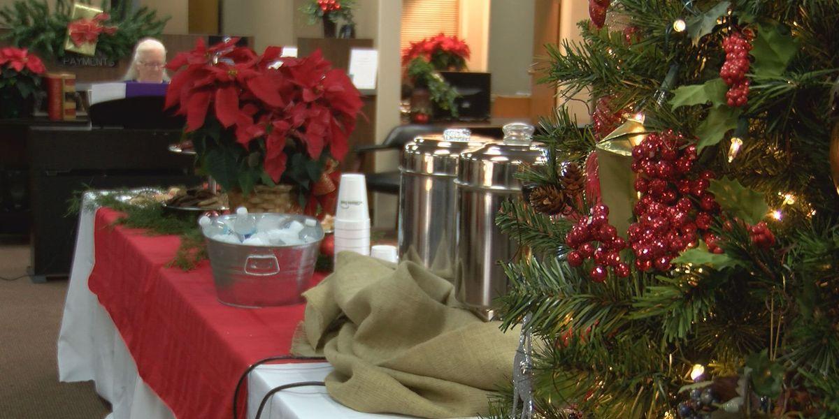 Piano students spread holiday cheer