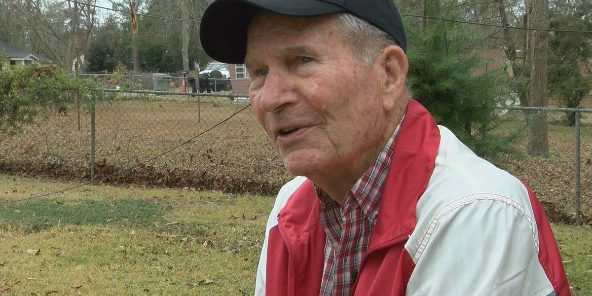 89 year old vet 'speechless' after community help