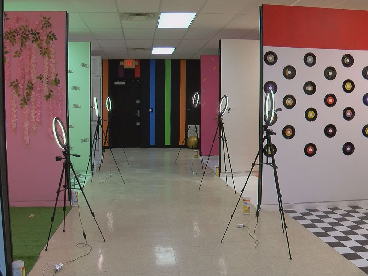 Picture Perfect: 'Selfie Studio' comes to Albany