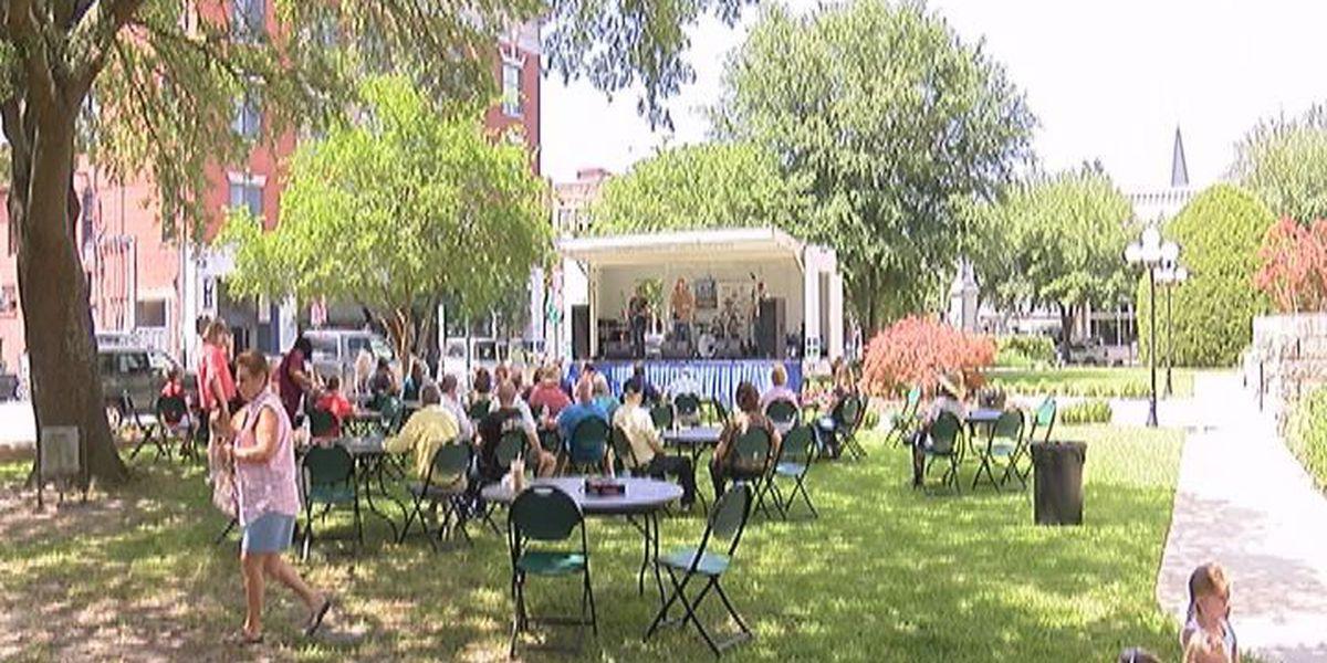 """Brown Bag"" concert series returns to Valdosta"