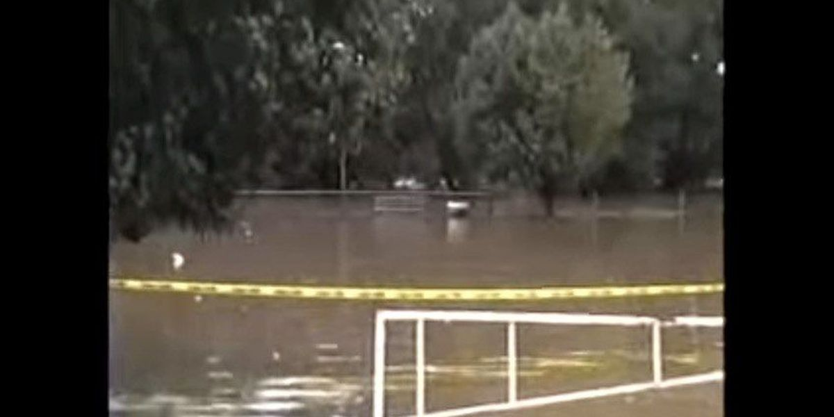 RAW: Video scenes from the Flood