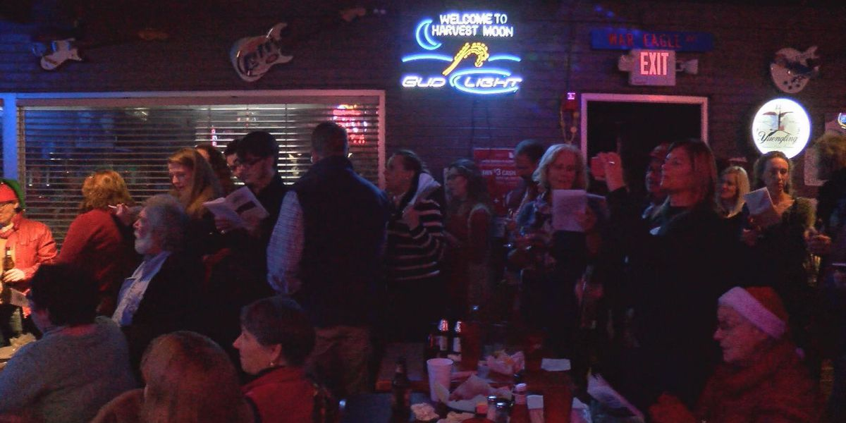 Beer and Hymns event spreads holiday cheer in Albany