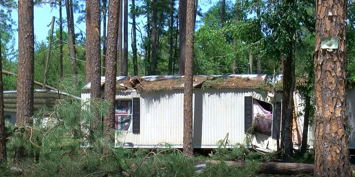 Coffee Co. residents pick up the pieces after powerful storm