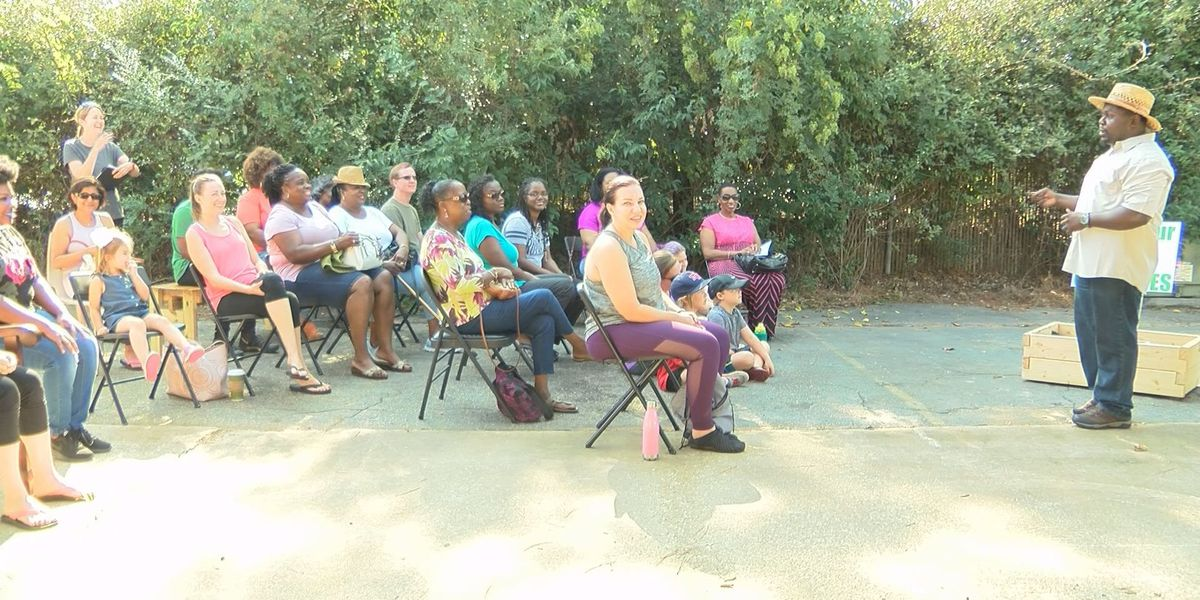 """""""Grow your own groceries"""" class welcomes more than 30 attendees"""