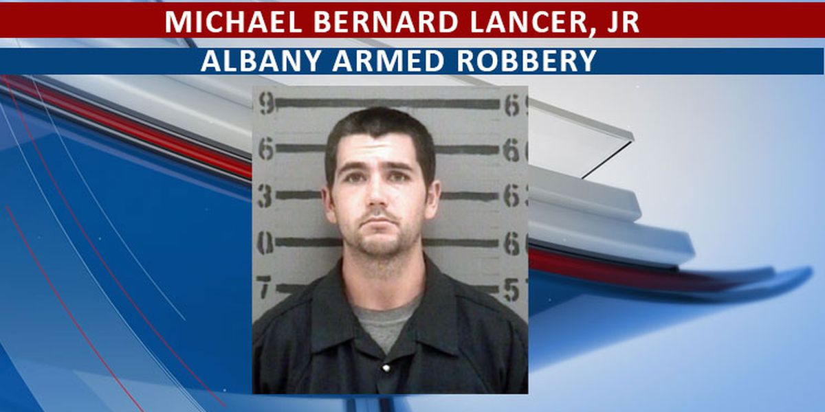 UPDATE: Albany armed robbery suspect in custody