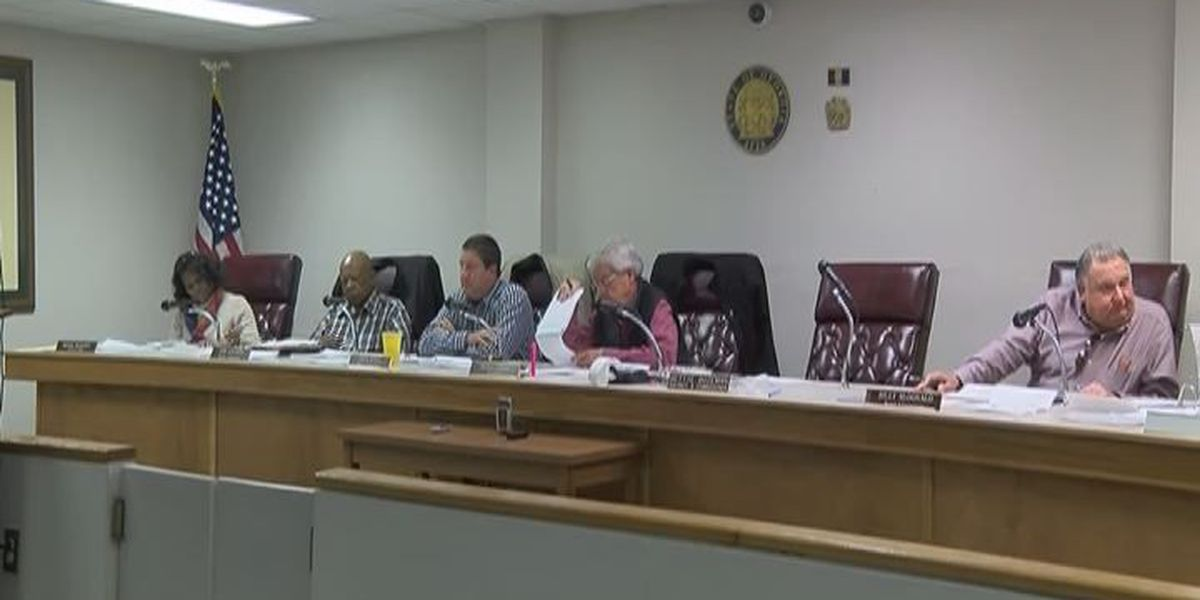 Worth Co.Commission has positions to fill