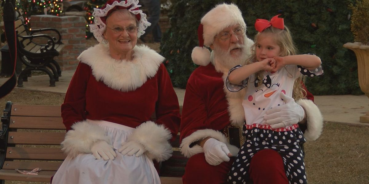 Americus holds annual Christmas Open House
