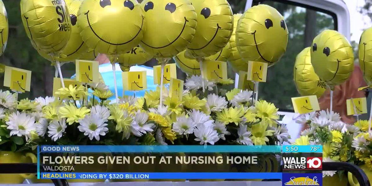 Good News: Flowers blossom into smiles for Make Someone Smile Week