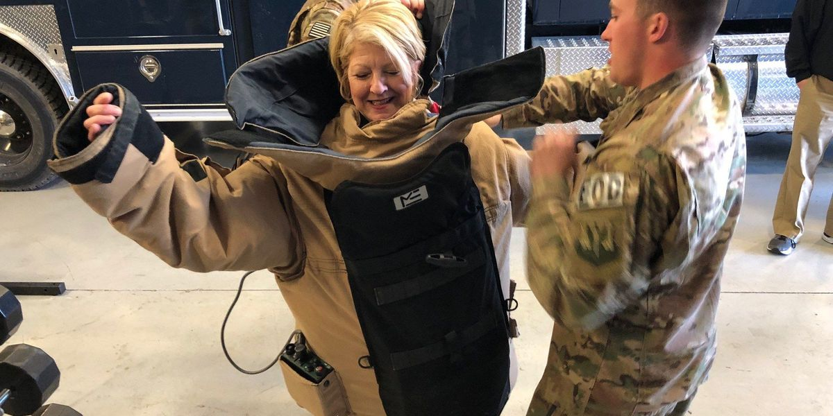 Honorary commanders spend the day at Moody AFB