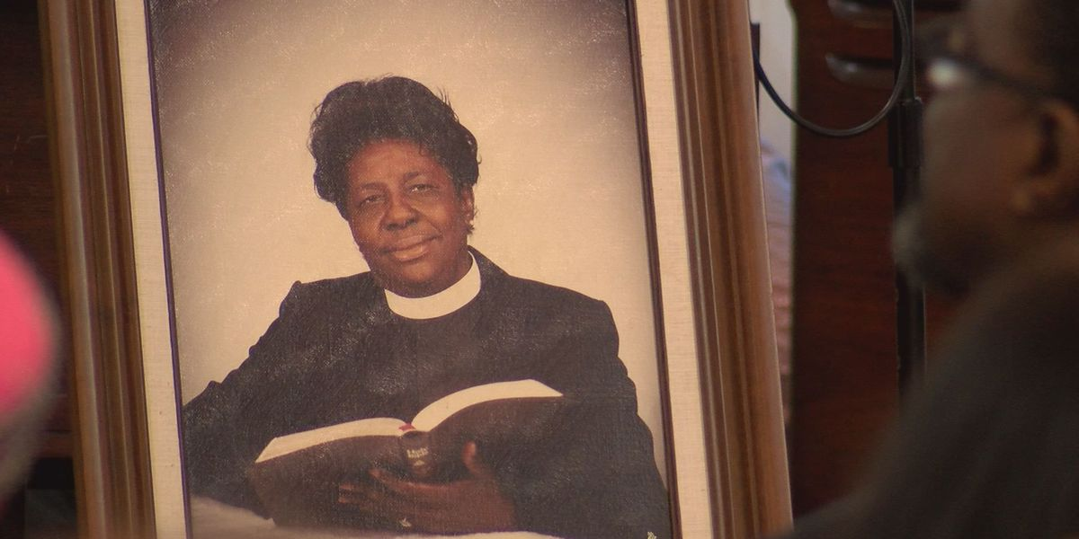 Albany congregation honors founder