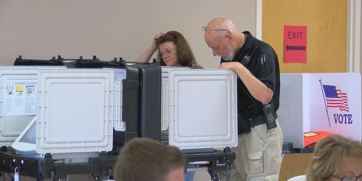 Lee Co. residents cast their ballots on Election Day