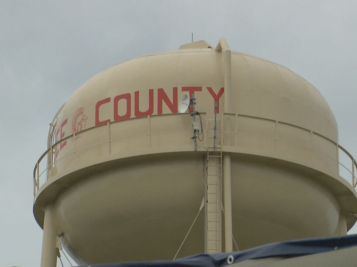 Raises coming to Lee Co. employees, county becomes 'Broadband Ready Community'
