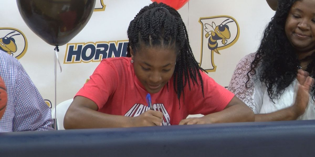 Pelham star Brown inks with Albany Tech