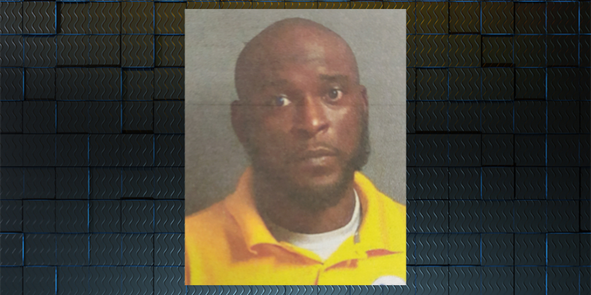 Terrell Co. elementary basketball coach arrested during game