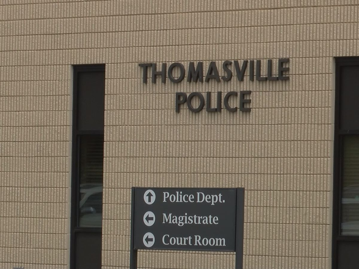 Meet and greet held for 3 Thomasville police chief candidates