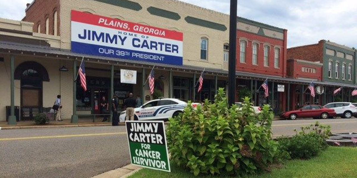 Supporters 'campaign' with new signs for Jimmy Carter after cancer diagnosis