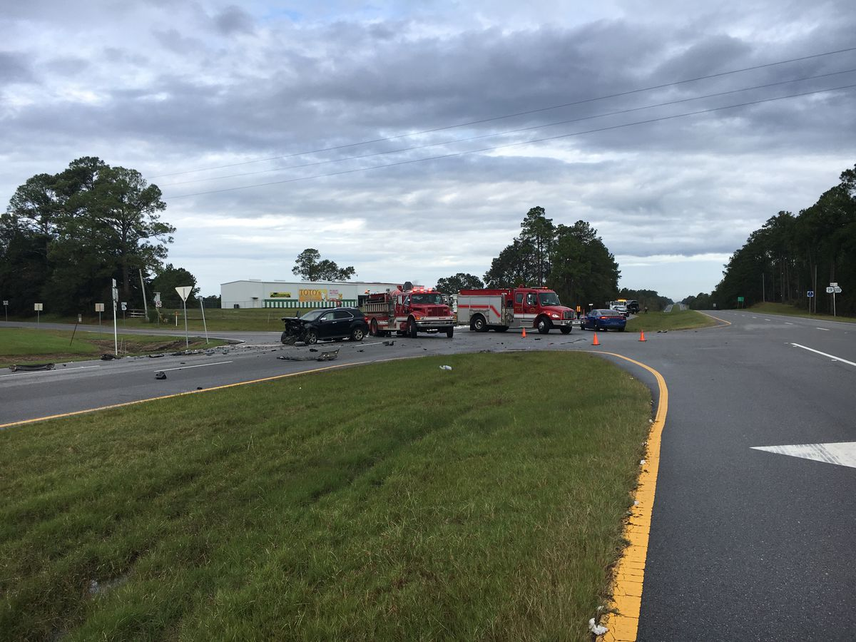 Two drivers in stable condition following Thomas Co. wreck