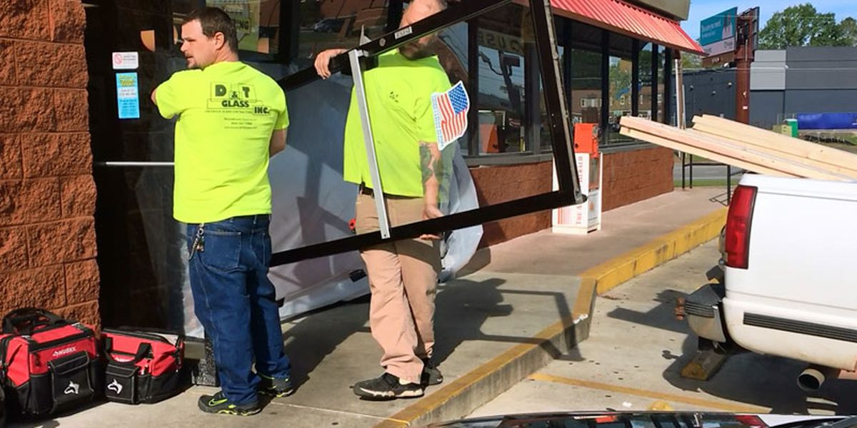 Waffle House gets new front after crash