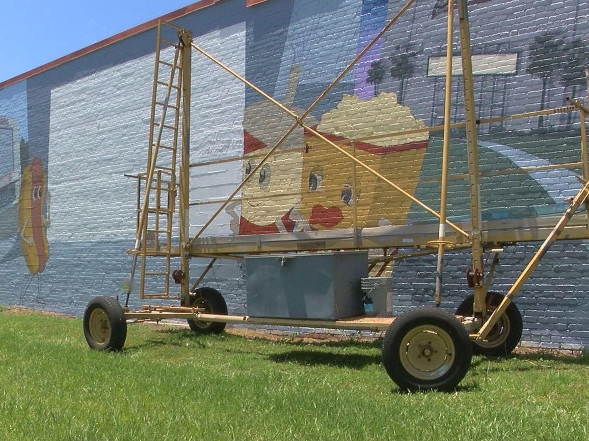 Downtown Pelham mural near completion