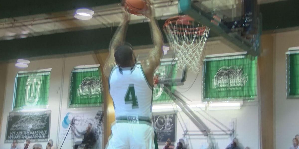 Thomas U basketball sweeps doubleheader