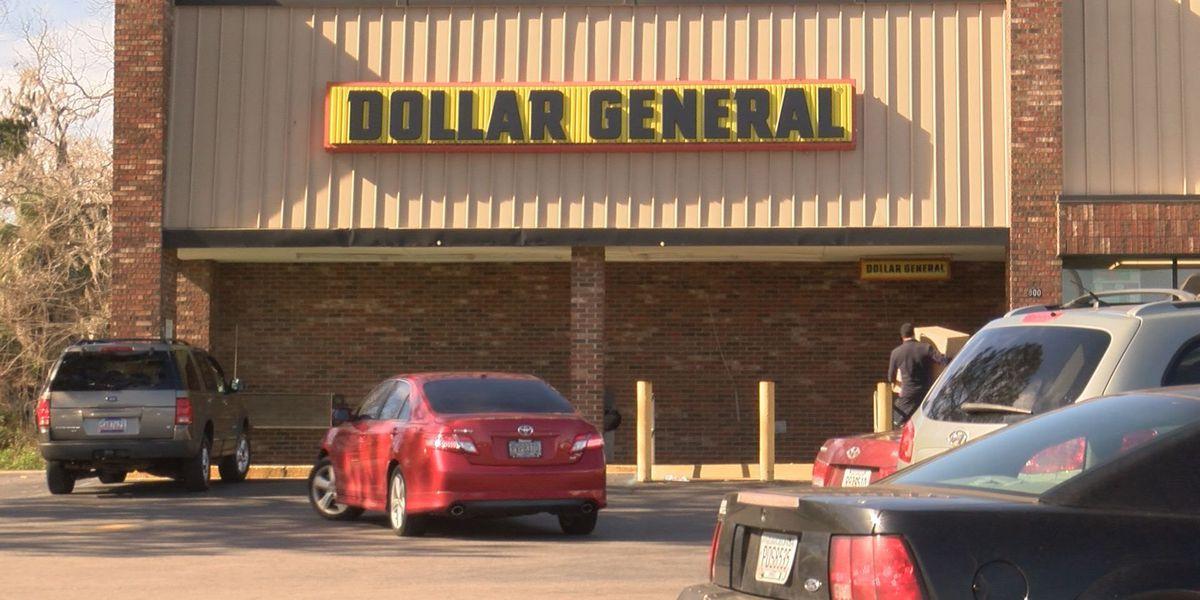 Valdosta store robbed, shot fired