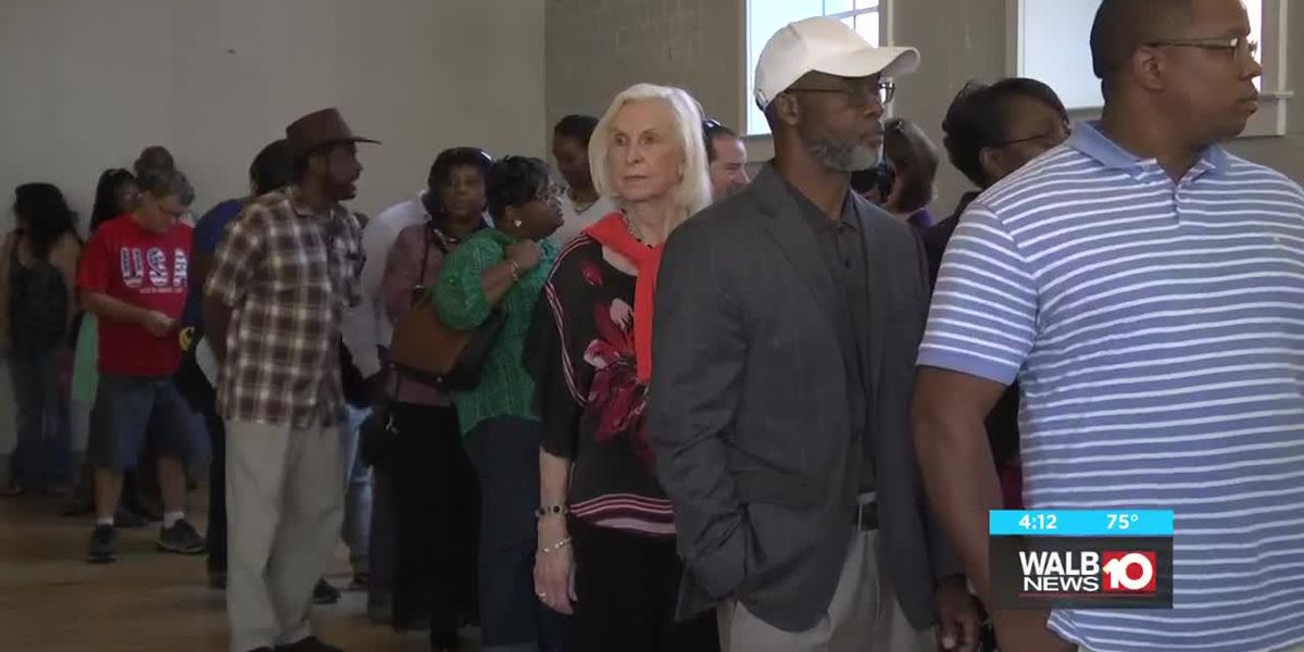 More voters show up for midterm election in Dougherty County
