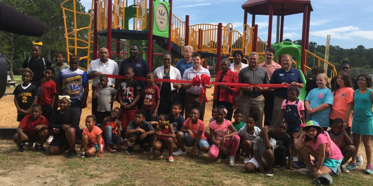 New playground opens in Lowndes County