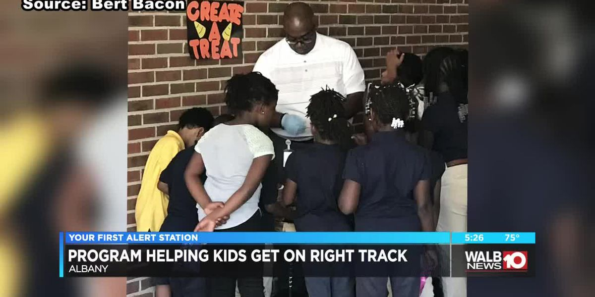 Program helping kids get on the right track needs more mentors