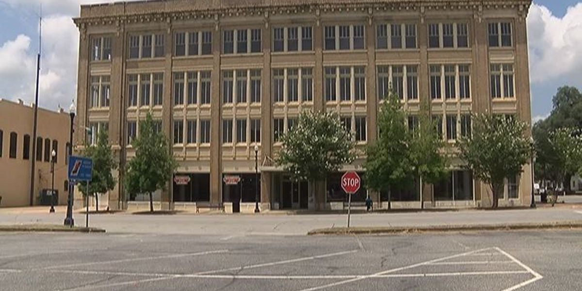 Pelham officials look to bring historic building back to life