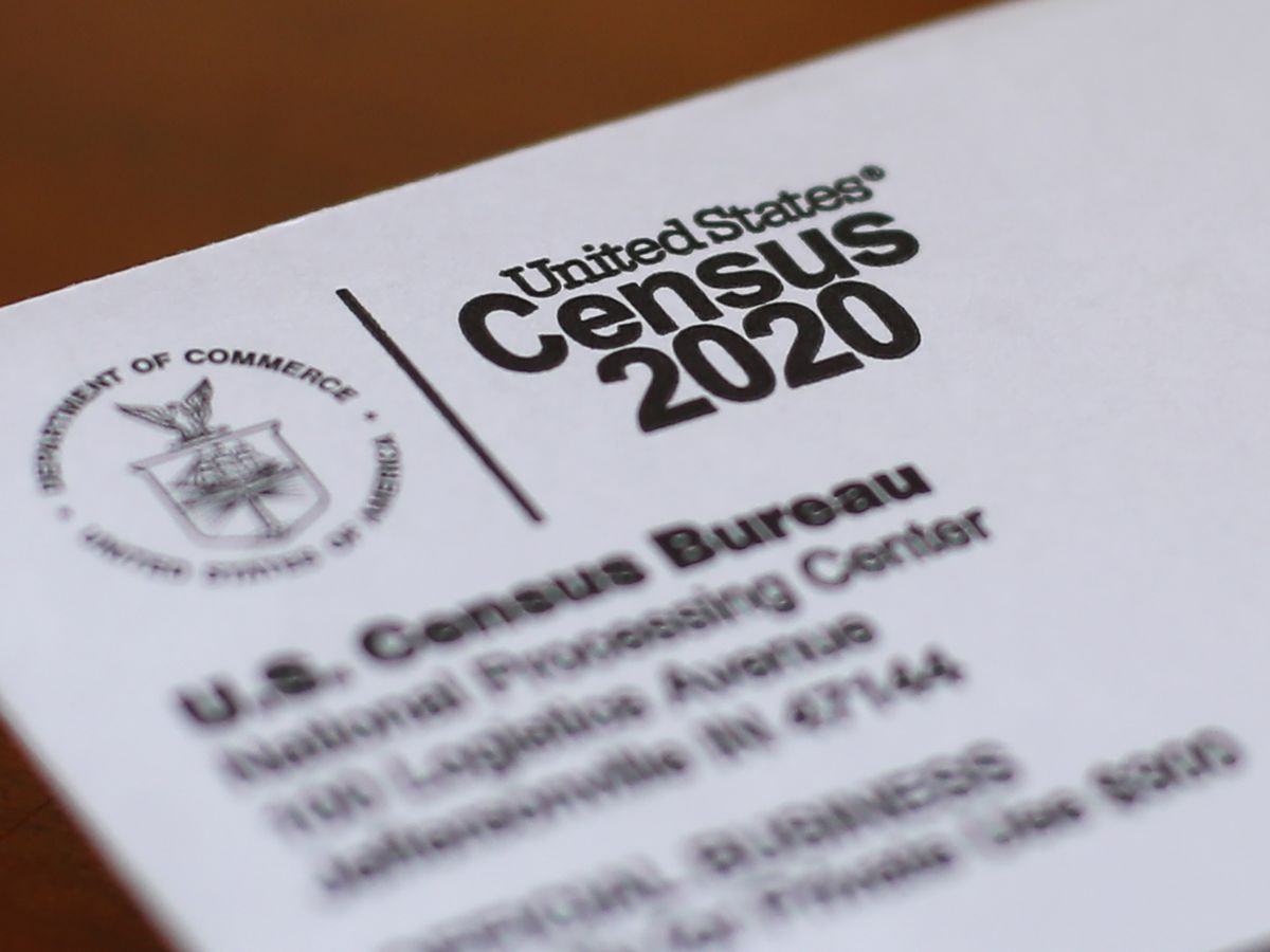 Texts: US census manager told counters to use fake answers