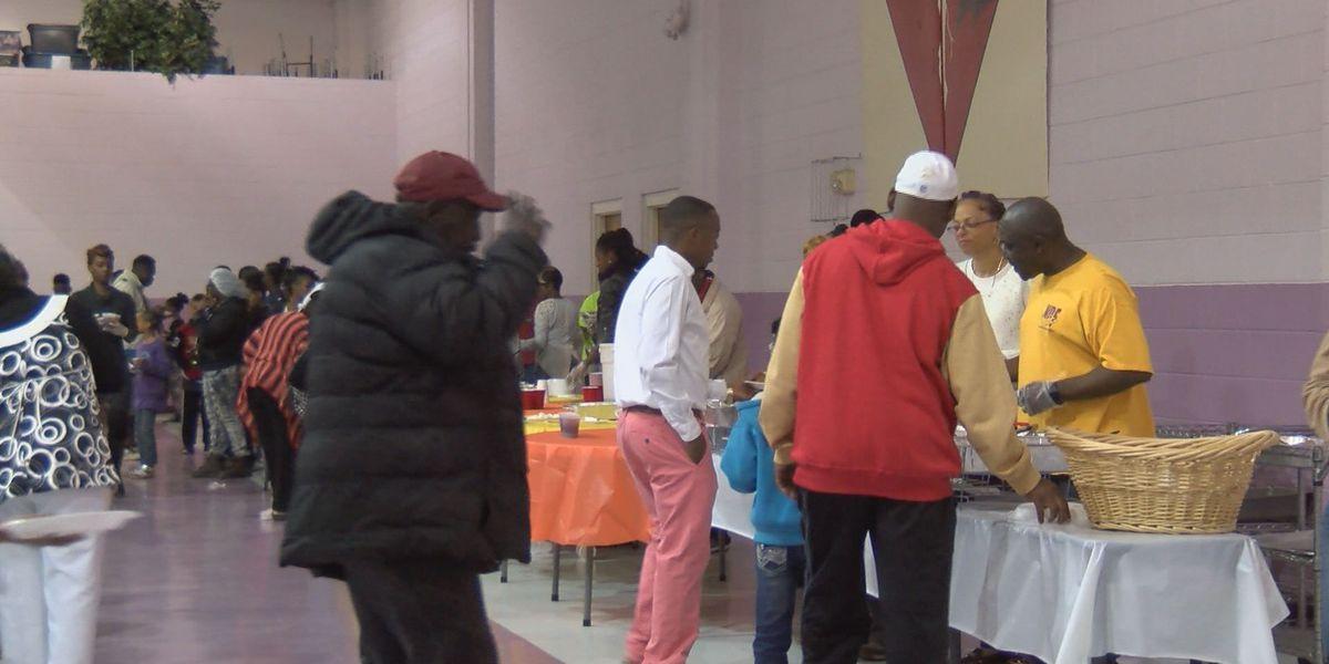 Albany church hosts annual community dinner