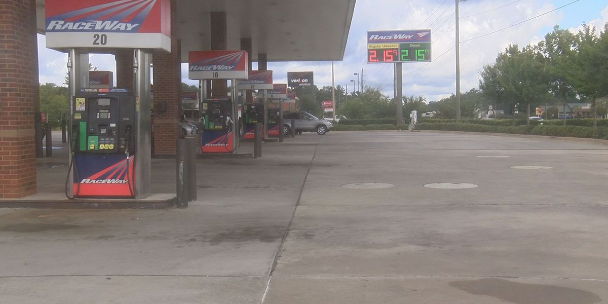 Governor Deal signs executive order prohibiting price gouging on fuel