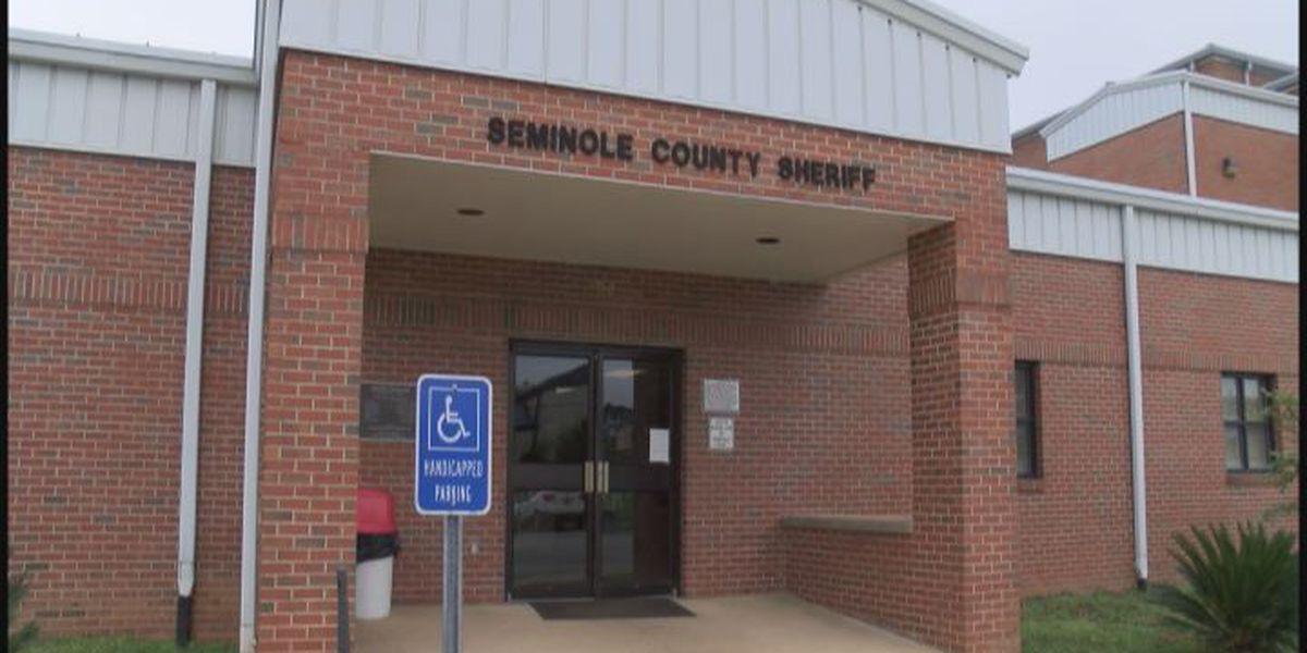 Burglars target Seminole co. homes