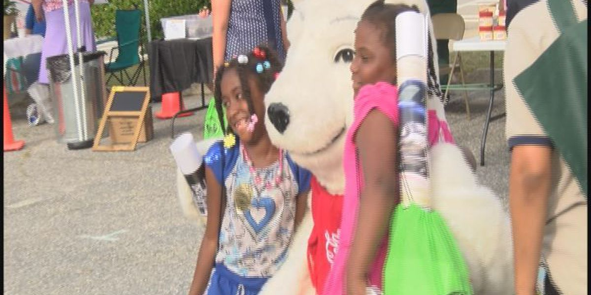 WALB brings show to Sylvester for 'Going Mobile CommunityTour'