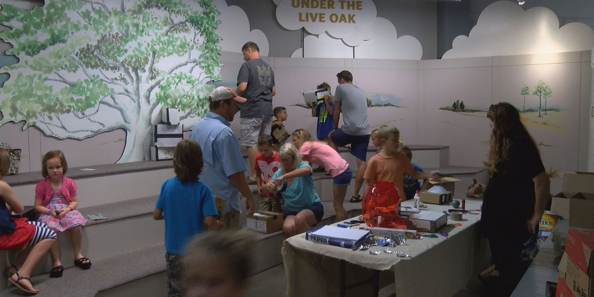 "Thronateeska's ""Science Saturday"" workshop lets families create pin-hole projectors"