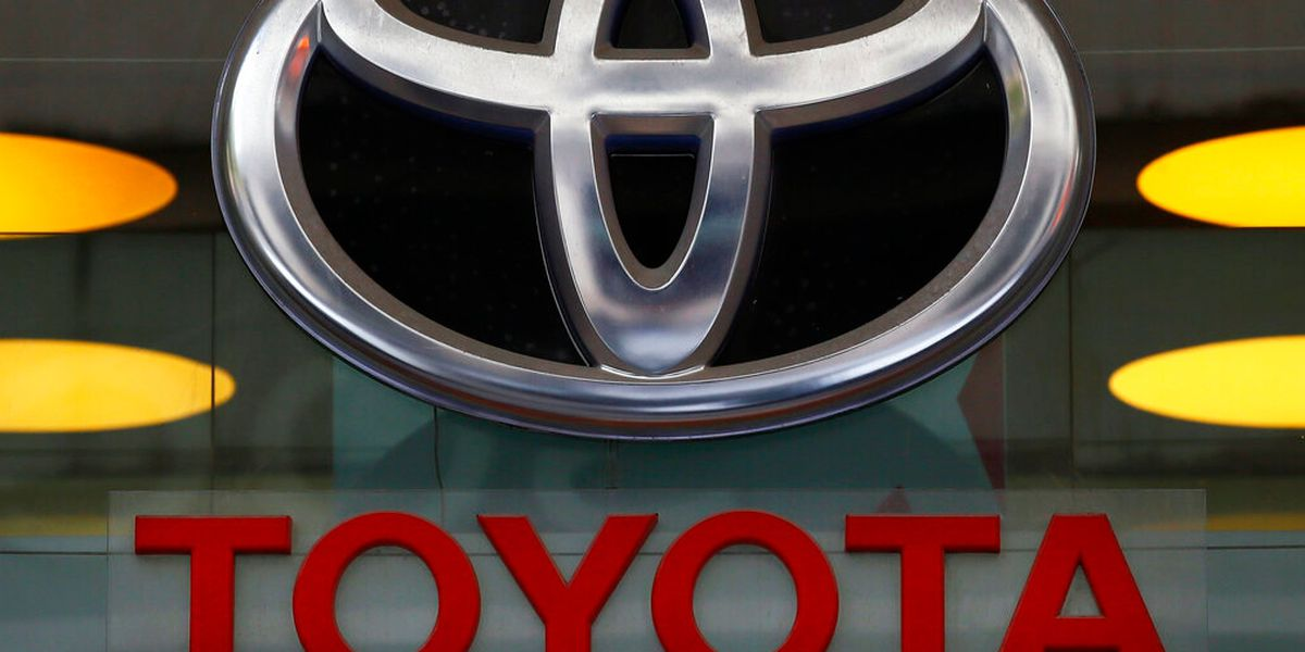 US probing engine fires in nearly 1.9M Toyota RAV4 SUVs
