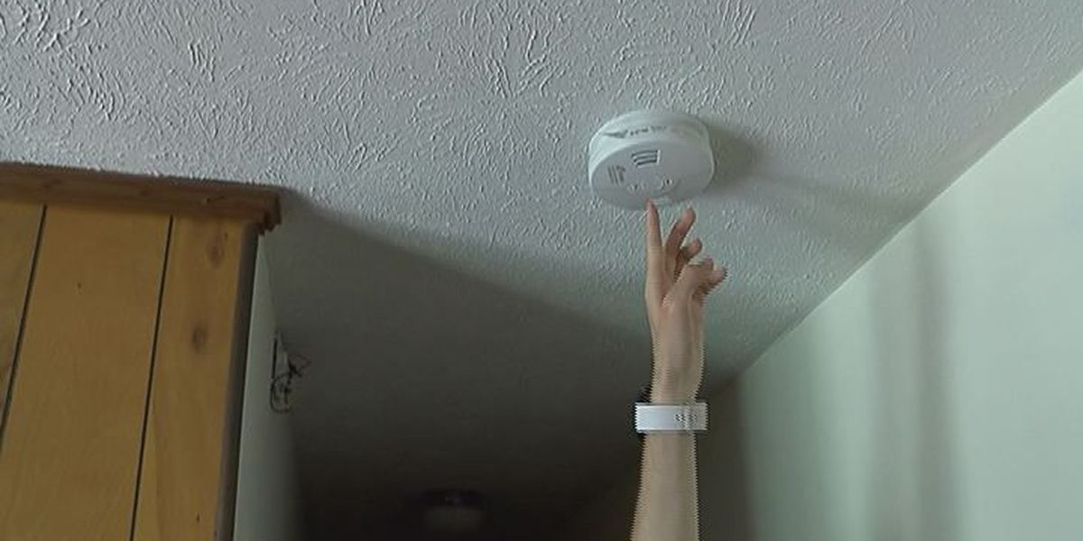 Red Cross hands out free smoke alarms