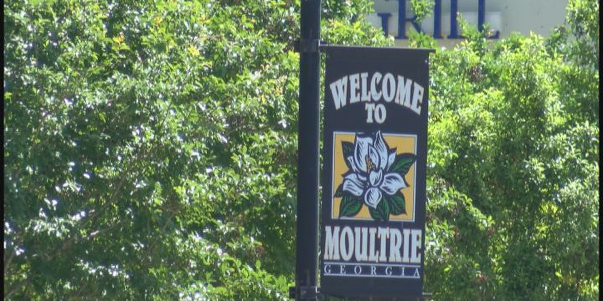 News on the Road in Moultrie