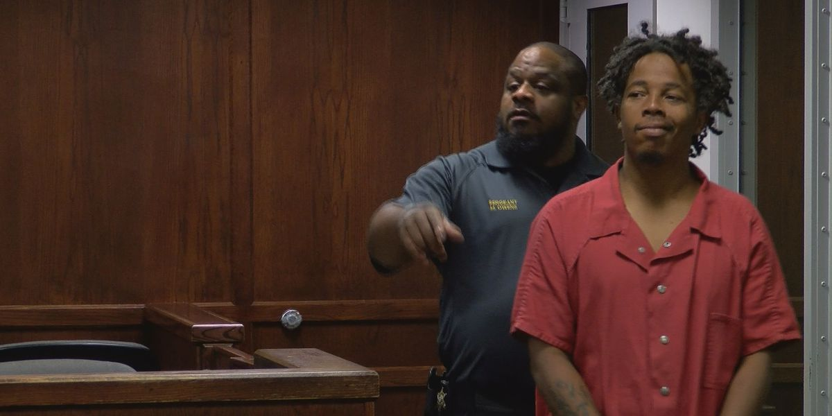 No bond set for man charged in Albany bus station death