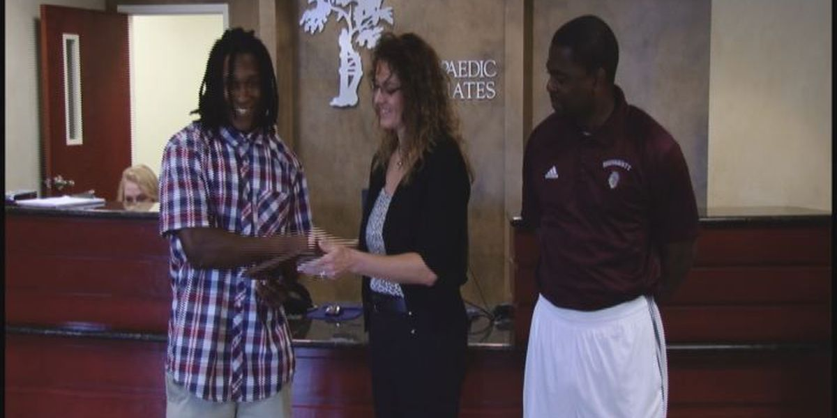 WALB PLAYER OF THE WEEK (9/2/15): Dougherty's Royal rumbles for four scores