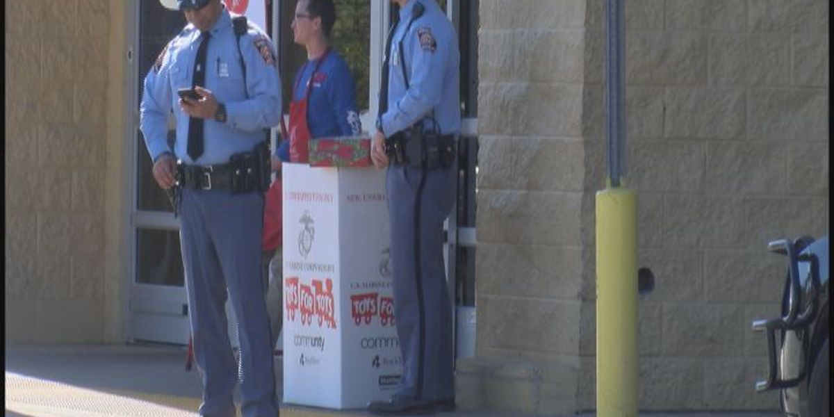 State troopers collect toys for tots
